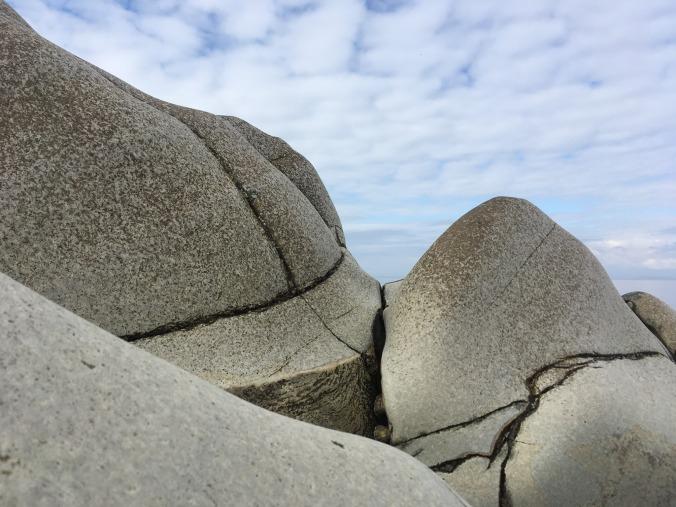 stones tom